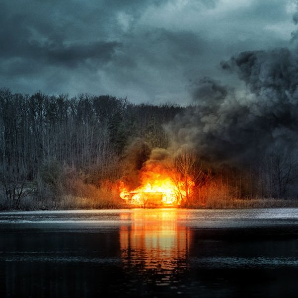 Shimmer Lake review – a solid mystery crime thriller